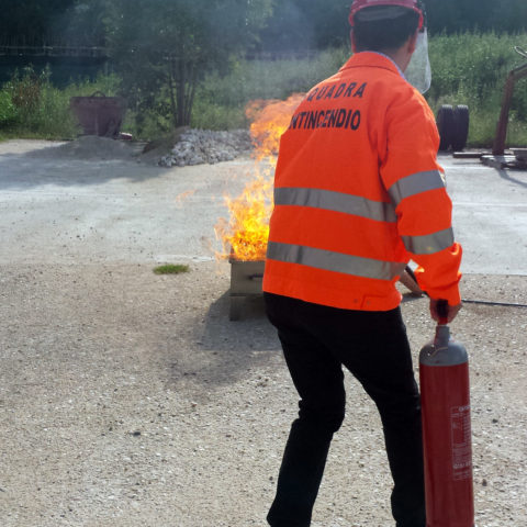 Corso in partenza: Addetto Antincendio Rischio Medio – AGGIORNAMENTO
