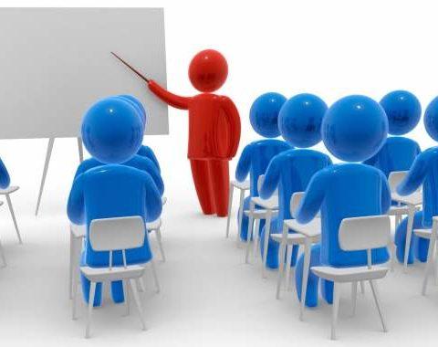 una grafica di un'aula con discenti e speaker